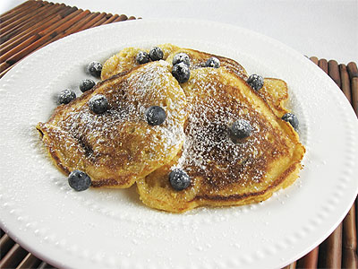 Post image for Cornmeal Blueberry Pancakes