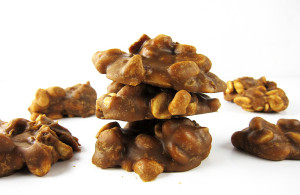 Bacon Peanut Clusters from www.EatLaughPurr.com #ChristmasCandy #Candy #Bacon