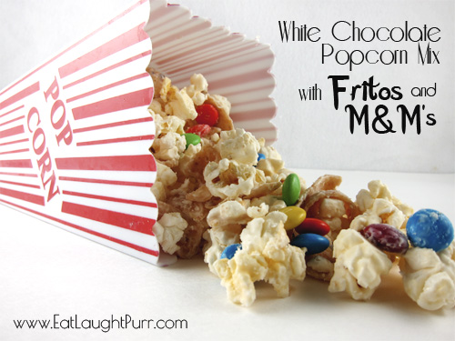 White Chocolate Frito Popcorn Mix from www.EatLaughPurr.com #popcorn #WhiteChocolate #Fritos