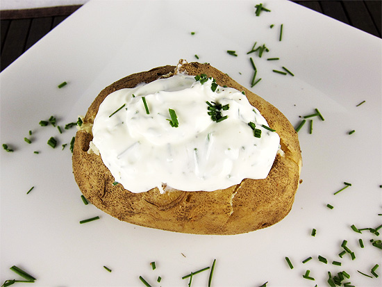 baked potatoes with chives