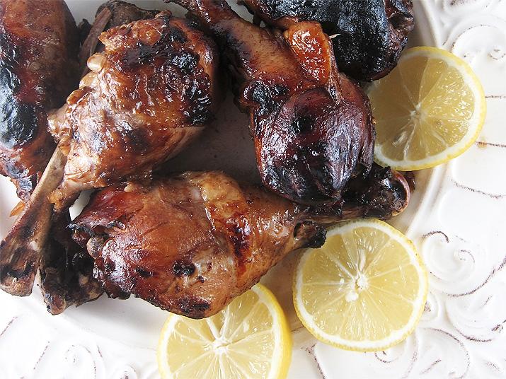 Crockpot BBQ Chicken | www.EatLaughPurr.com
