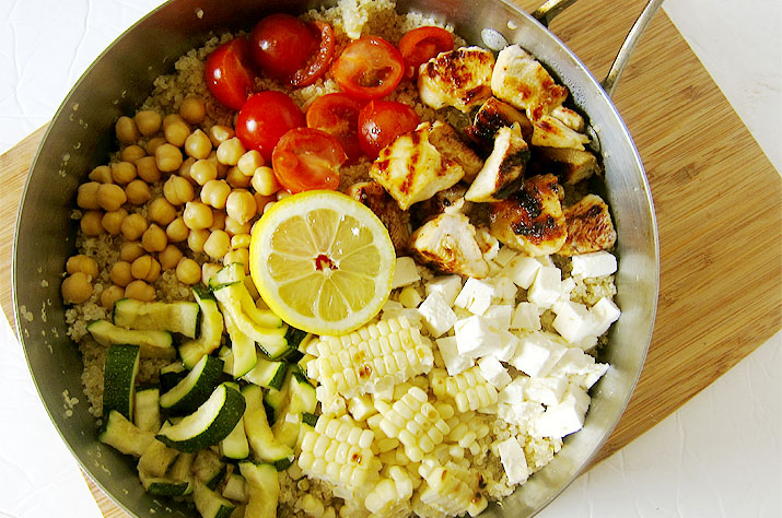 Quinoa with Summer Veggies and Chicken | www.EatLaughPurr.com