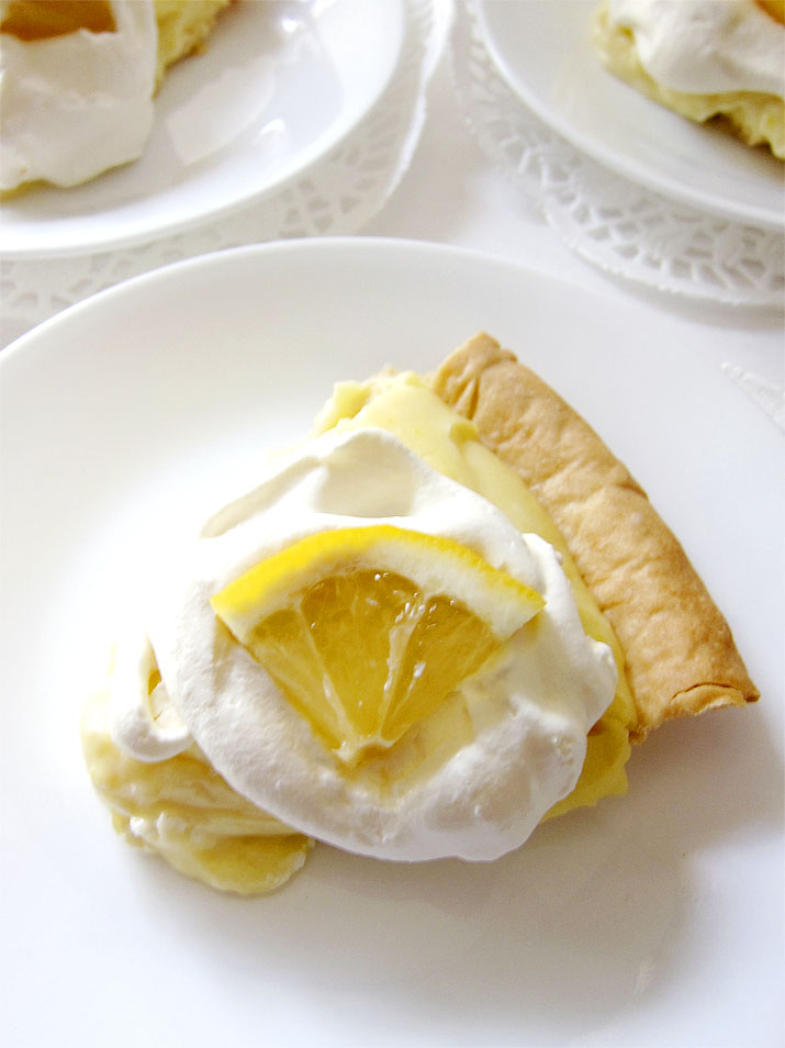 Lemon Sour Cream Pie: A lip-smacking pie with a dreamy, creamy lemon custard. A perfect way to celebrate Spring and Easter.